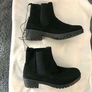 4/$10 Black Ankle Boots